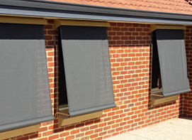 Mesh blinds with no base scallop