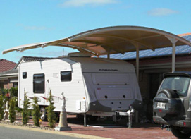 Cantilever protection for caravan