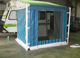 Roll out annexe and walls to caravan